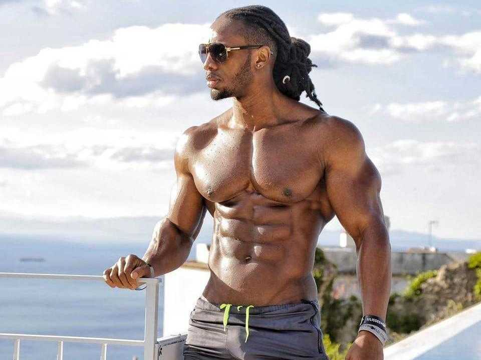 Ulisses Jr. (Height - 1.78m)